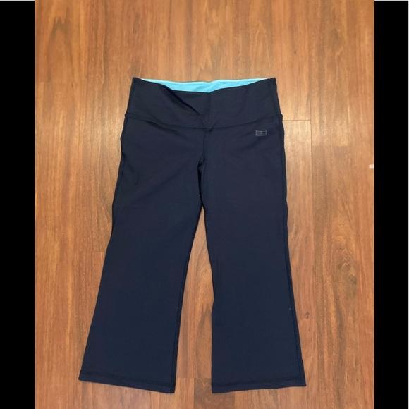 Tommy Hilfiger yoga reversible Capri pants XS